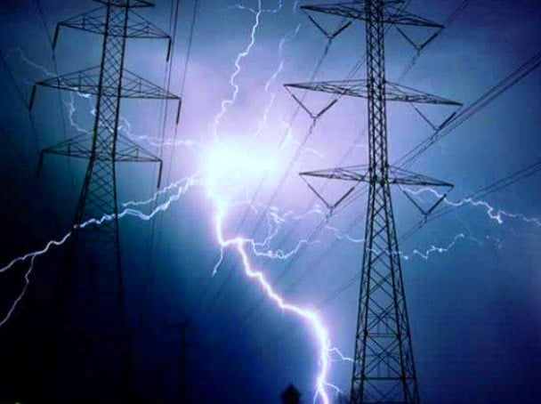 ¿Qué es un Arco eléctrico? Aplicaciones y peligros