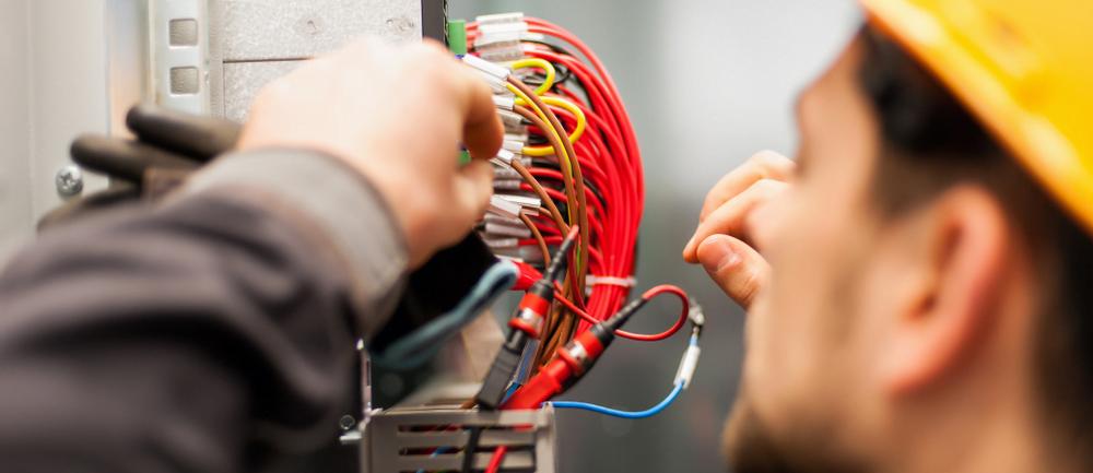 Como funcionan los relay de seguridad